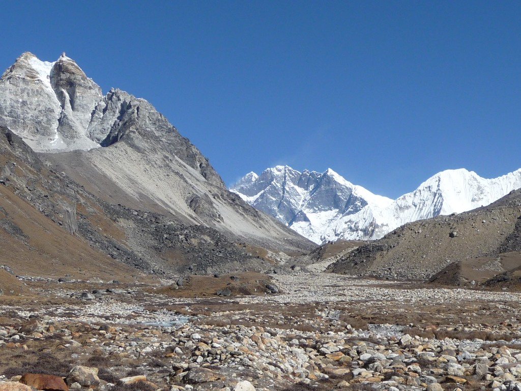 Everest and Lhotse seen from Hunku valley