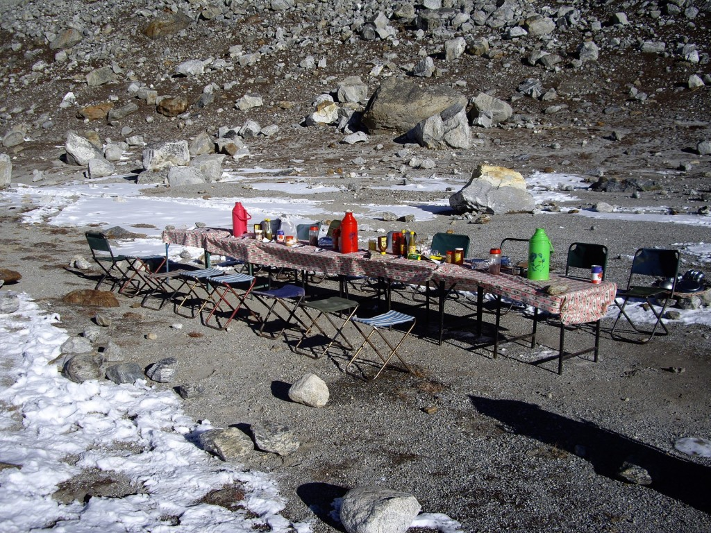 Breakfast table at Mera basecamp