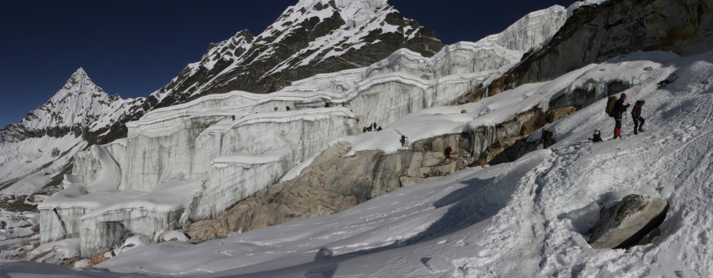 View of the Amphulapcha glacier from right underneath it