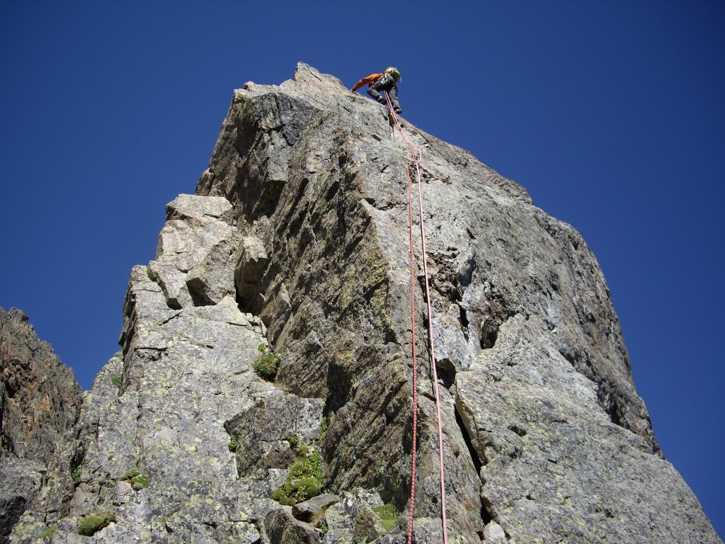 Al leading the pitch to the top of the chappel