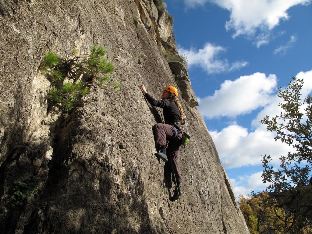 Me climbing Capritxo V+