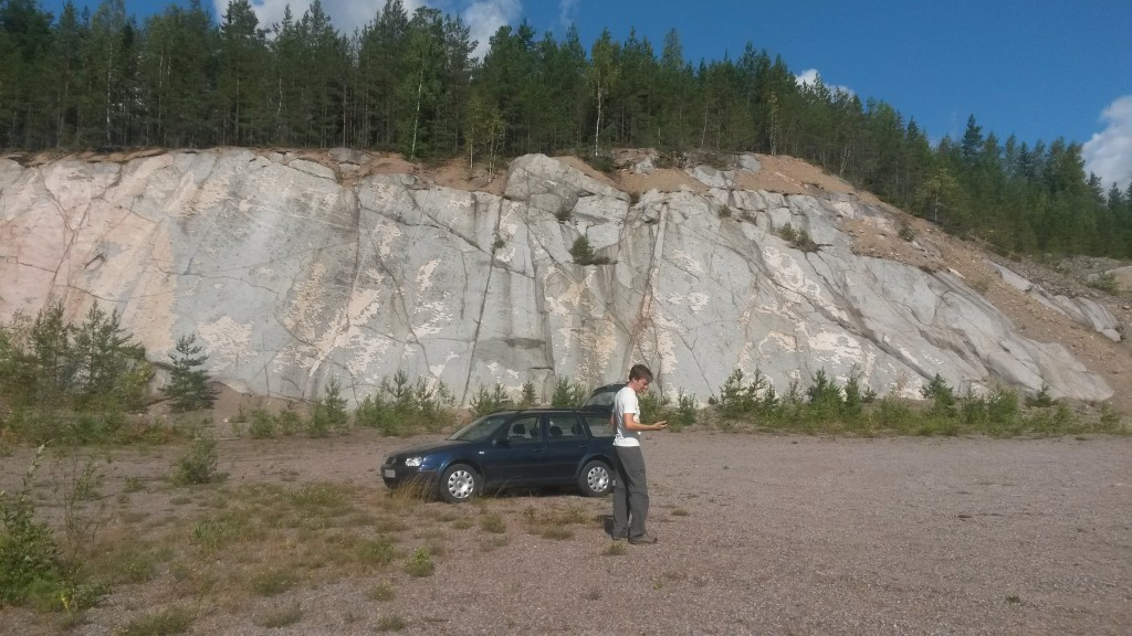 Parked in front of the Nalkkila Släbi. You can't really complain for the access, can you?