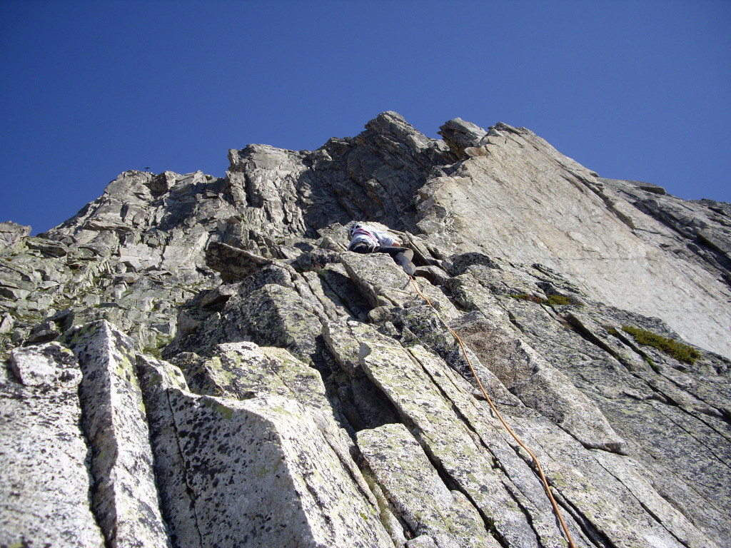 Moving on to the ridge proper. Multitude of routes join this classic South Ridge route for the final few pitches.