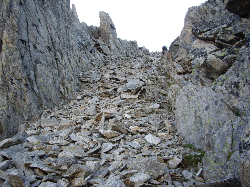 The final climb up to the ridge was through this loose gully